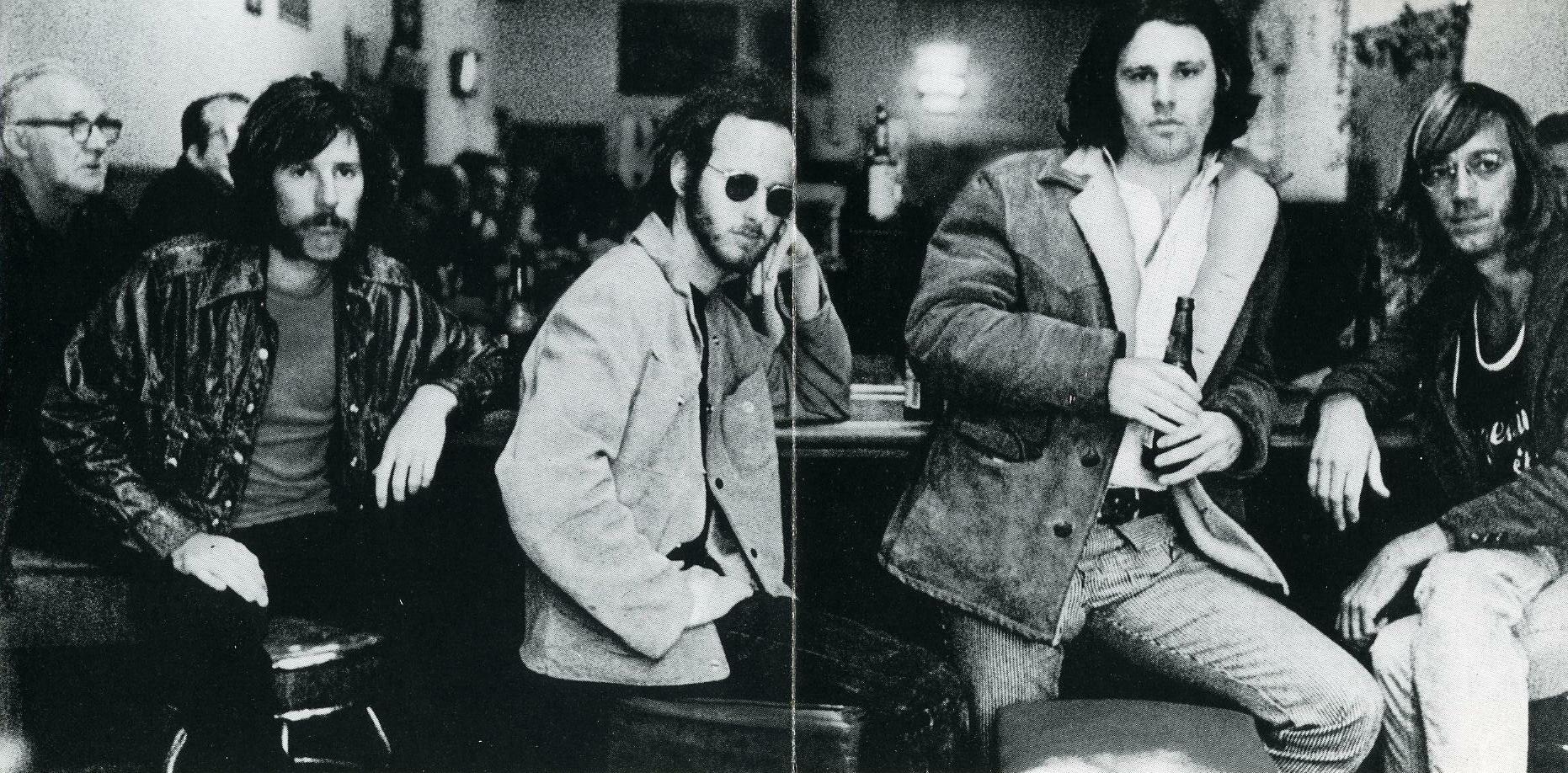 """""""Feast of friends"""" : l'unique et mythique documentaire réalisé sur les Doors The-doors-hard-rock-cafe"""