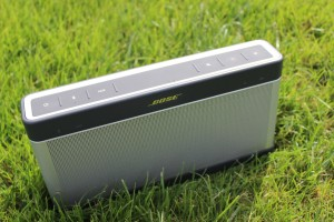 Bose_SoundLink_Bluetooth_Speaker_III_3